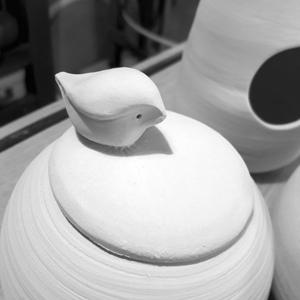 boite en ceramique faconnee a la petite pottery Chatou Saint Germain
